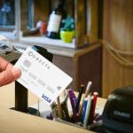 Как платить картой Совесть в любых магазинах